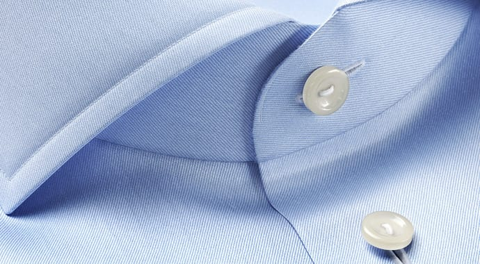 vrscans-buttons-blue-shirt
